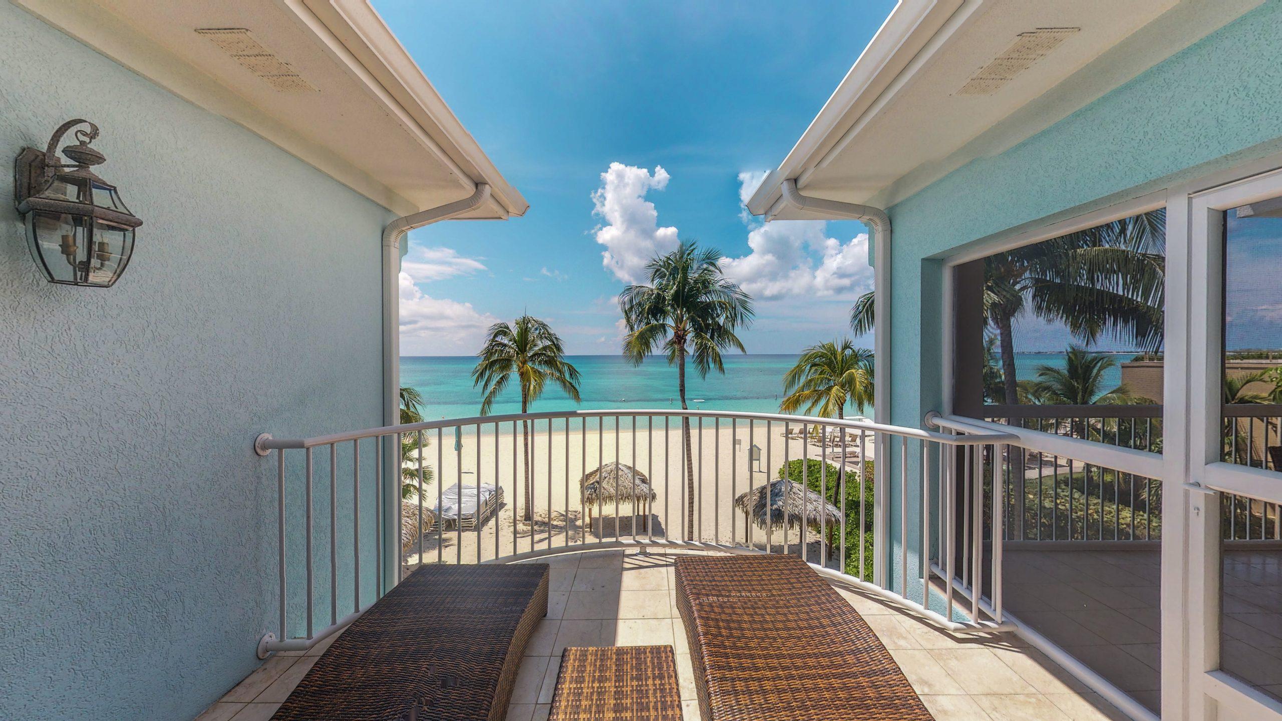 Veranda - Coral Stone Club, Cayman